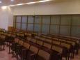 Zadní část sálu se dá oddělit posuvnou stěnou